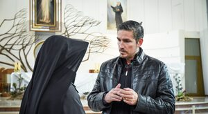 """Jim Caviezel znów zagra Jezusa. Co wiemy o """"Zmartwychwstaniu""""?"""